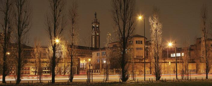 Fondo Claudio Argentiero - Milano - Dal piazzale del Cimitero Monumentale - 2005