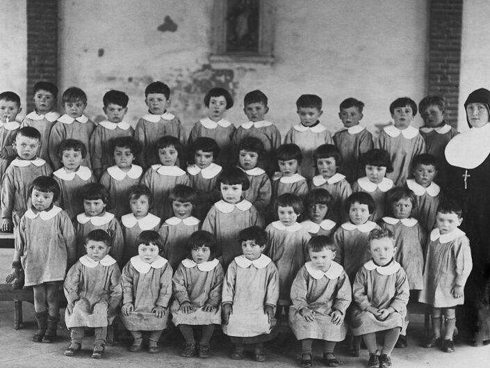 Fondo Giusy Rabolini - Album di famiglia - Foto di classe