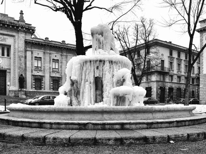 Fondo Simone Vivaldo - Bergamo - Fontana della Fiera - 2012